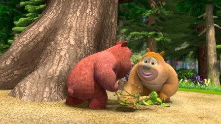 熊二熊大他们舍不得老山楂树无奈只能挥手告别