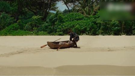 海盗船长一人闯入小岛,意外取得海绵宝宝历险记此书