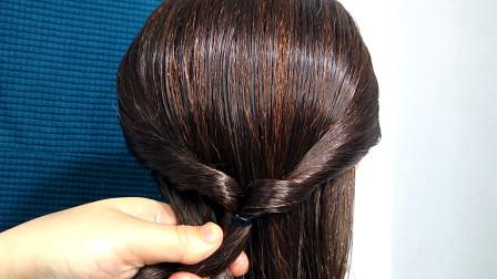 今天才知道贵气盘发这样扎更美,2根麻花辫,贵气发型轻松完成