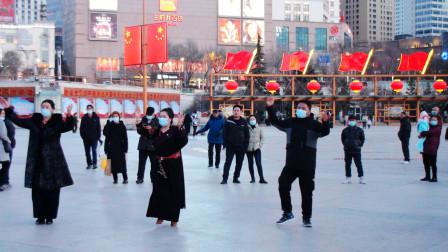 西宁市中心广场锅庄舞(165)锅庄舞