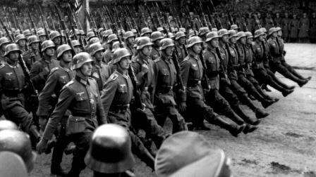 德国只能接受,坐拥700万军队,为了本国的将来被迫投降