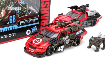 变形金刚工作室系列 SS-68 赛车机器人玩具.