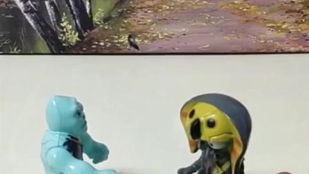搞笑玩具:奥特曼过来啦,怎么办?