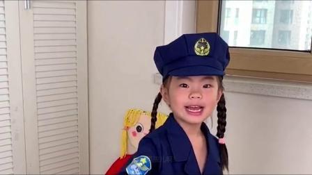 长大我要当警察,哈哈,我要抓强盗