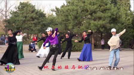 玲珑广场舞《玛尼情歌》,正月初十,今天小月和小马老师领舞