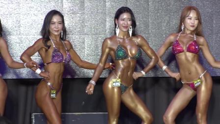健身小姐大赛: 比基尼大赛视频