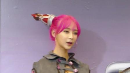 游戏展会: G-STAR 的性感舞蹈表演 cam女仆角色扮演