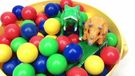 彩色珠珠里找到各种恐龙变形玩具