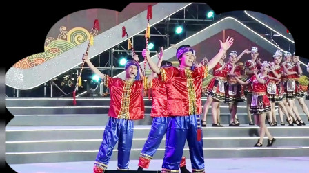 歌舞表演《渡口土家幸福歌》,演出单位梦回巴国演艺公司