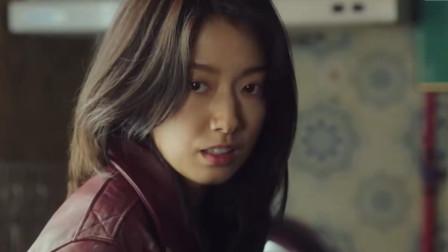 超能打的韩国妹子,你敢接她几招?
