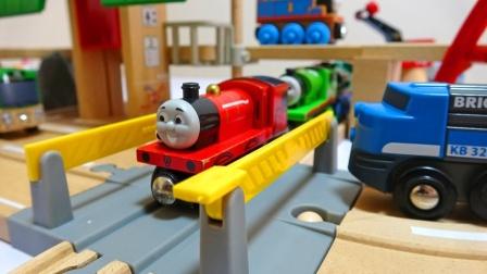 找到散落的30款迷你托马斯玩具