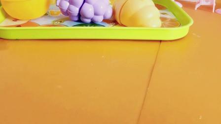 大家一起来玩水果拼拼乐