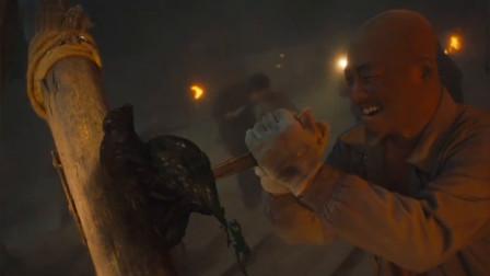 鬼吹灯:马大胆名副其实,胆子真够大的,连古墓的毒虫都敢杀
