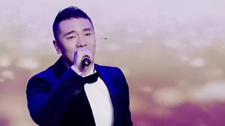 王琪央视春晚成名曲《站着等你三千年》伤感情歌