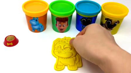 儿童彩泥快乐玩,拆开惊喜筒里的玩具总动员制作彩泥模型玩具。