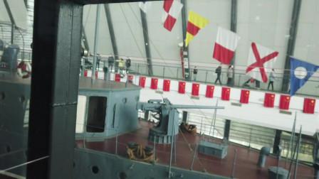 被爱国故事吸引!游客慕名参观中山舰博物馆