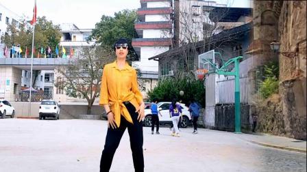 《动感小子》活力健身操,美女在广场跳舞太酷了