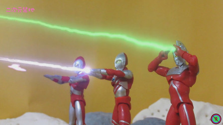 《奥特曼》定格动画战斗短片!光之国外的狙击