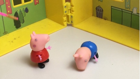 乔治摔倒了,佩奇鼓励了乔治让乔治站了起来
