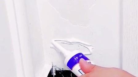 用这个装修白墙很方便