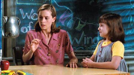 经典童年电影,女孩能用意念控制一切!