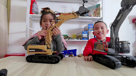 难道姐姐的挖掘机玩具一定要比弟弟的大吗?