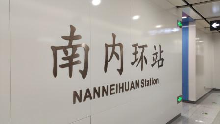 太原地铁二号线开通,从南到北全程四十分钟,乘坐的人真不少
