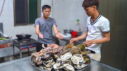 海南渔村兄弟随便的一盘下酒菜,城里人看了都羡慕