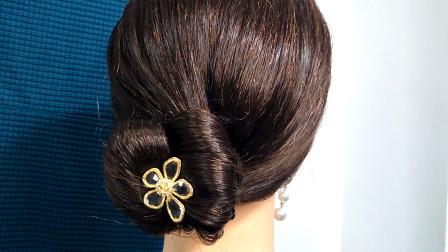 方便实用的丸子头这样扎,30岁到40岁都适合,发型干净利落显贵气