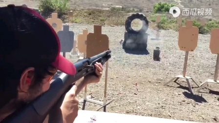 训练场上的快速射击