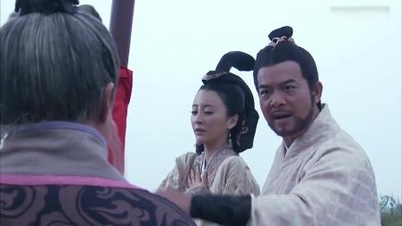 韩信:项羽整日饮酒作乐,范增恨子不成钢,拿石头砸他的马!