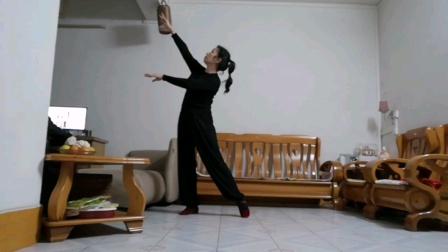 学跳云裳老师的中三舞蹈《心在路上》