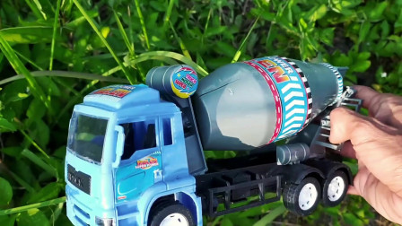 寻找小汽车,工程车,挖掘机和装载车玩具