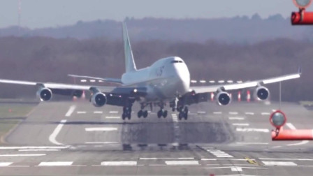 波音747降了三次才降落,看着有点吓人