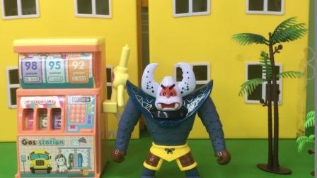 蝎子精开了加油站,他想让大家来加油,但总是没人来