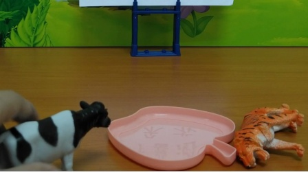 玩具:奶牛到底该怎么做?
