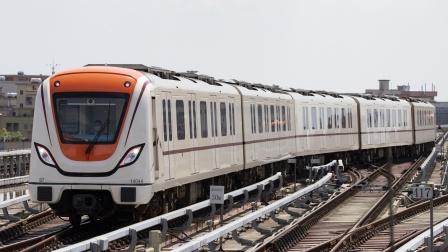 【雨天拍车】广州地铁14号线B7型电客车神岗站上行出站(中车时代电机牵引系统)