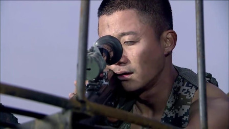 狙击手躲在烟囱上,一枪击毙敌军司令,这一夜没白守!