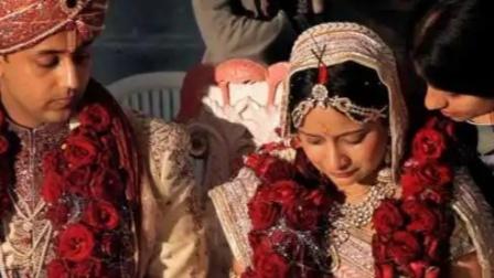新娘在婚礼上突发心脏病猝死,新郎一家傻了眼,喜事直接变丧事