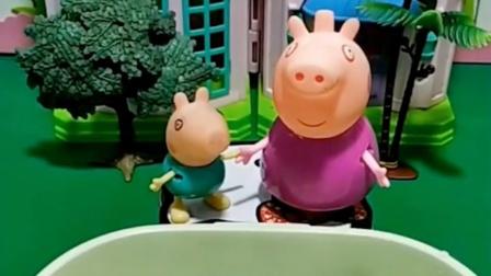 猪奶奶给乔治变魔术啦,画了假蝌蚪放水里,结果被猪爸爸当成真的了