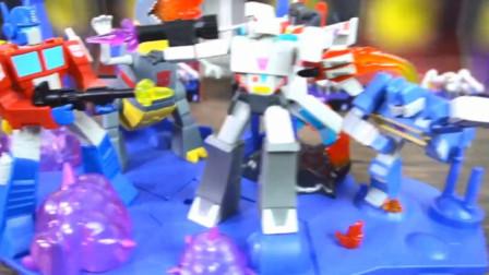 机甲玩具和恐龙机器人的展示与介绍