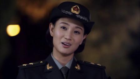 麻辣女兵:老兵见新人训练偷懒,想出手教训她,不料竟不是对手!