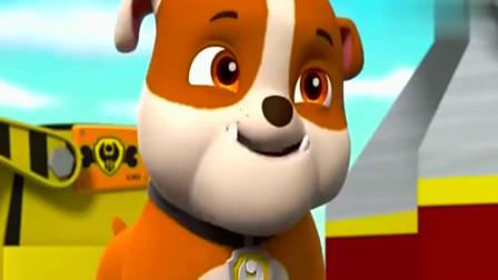 汪汪队:狗狗们很喜欢河马秀,忍不住模仿,结果撞在一起