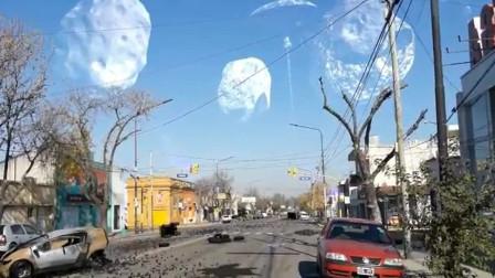 美国朋友发来天空异样的画面,会是外星人的飞船吗?