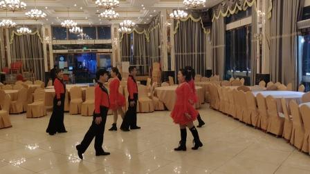 开心乐园舞蹈队,伦巴《微风细雨》