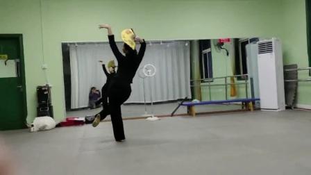 古典舞恨在今天遇见你背面分解动作二,阜阳艺路舞蹈提供,仅限内部学员使用