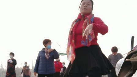 春天美广场舞《健身操真带劲》