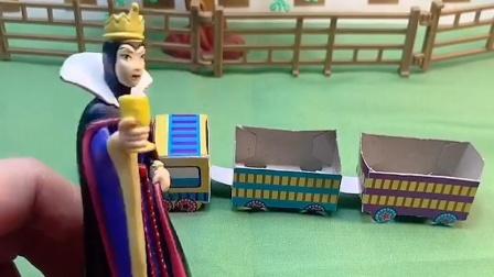 王后穿越了,来到一个更加文明时代,这里的一切王后都没见过