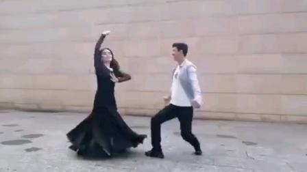 维族舞对跳,美美哒!(清风香露制作)