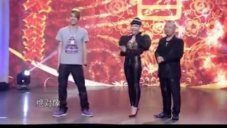 张云雷当着吴莫愁的面模仿吴莫愁,得到正主肯定!